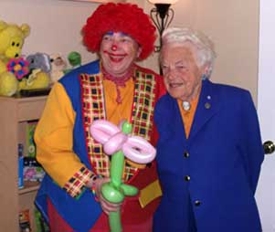 Mississauga's Hazel McCallion poses with Rosie the Clown
